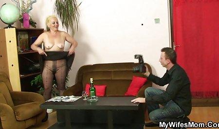 BDSM وحشیانه برای یک برده نازک با فشار دیک و ویدیو کلیپ س برق