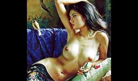 انگشت سکسی Chaturbate حلوا MILF فیلم س زوری را با dildo سیاه سوراخ کرد