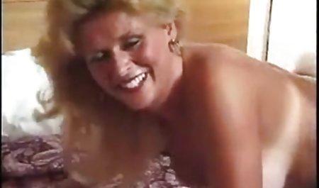 کیتی با یک دانلود کلیپ س ک دوست رابطه جنسی دارد.