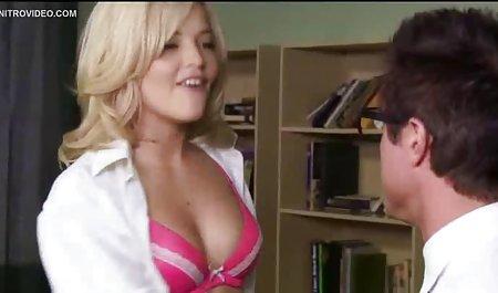 سکس لزبین هنگام ژیمناستیک. تصاویر س ک س ی