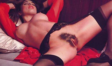 زن شلوغ بالغ رابطه جنسی سکی س مقعد را به یک مربی جوان یوگا داد
