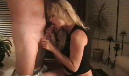 مرد فیلم س سی سیاه سیاه بزرگ یک زن سفید را در الاغ کاشت
